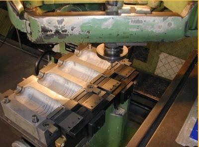 Fabricante de moldes para injeção